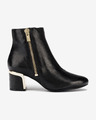 DKNY Crosbi Ankle boots